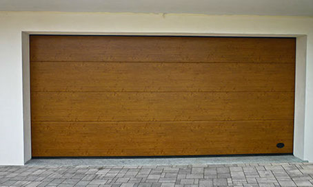 Doghe In Legno Per Cancelli : Portoni sezionali senza doghe liscio legno sliding doors milano